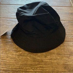 ✨BRAND NEW✨ Zara Black Bucket Hat